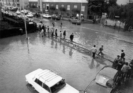 Esondazione Seveso Milano zona Niguarda 1990