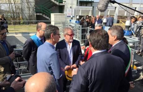 01_Diga-isola-Serafini-Gorvernatore-della-Lombardia-Roberto-Maroni