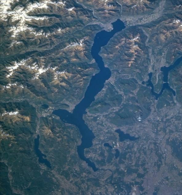 Lago_Maggiore_satellite. Il funzionamento idraulico dell' incile del lago Maggiore